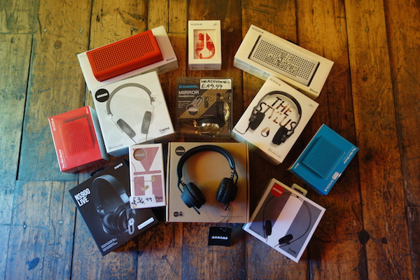 headphones-speakers-phonicarecords-merchandise